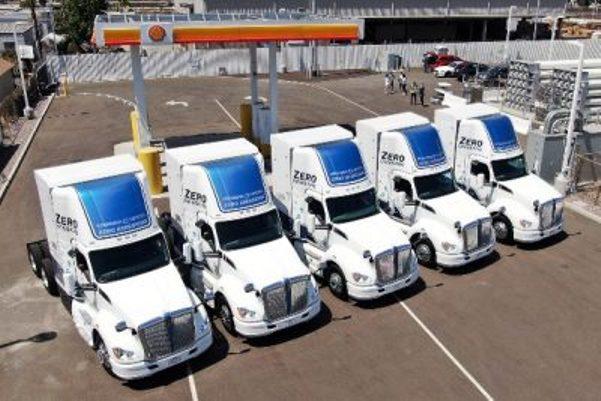 puerto los angeles camiones