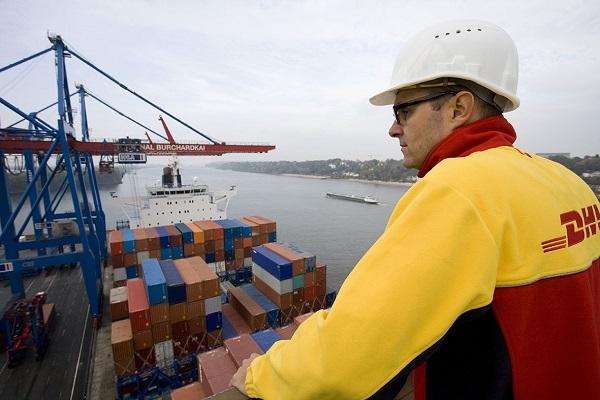 DHL lanza nuevo servicio de grupaje marítimo para el sector farmacéutico