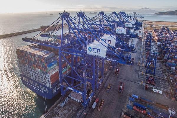 El Puerto de Algeciras recibirá las primeras escalas del servicio 'Far East 4'