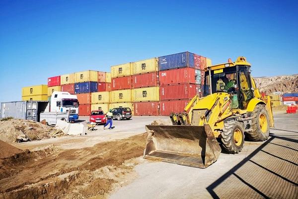 El Puerto de Almería progresa en la urbanización de la terminal de contenedores