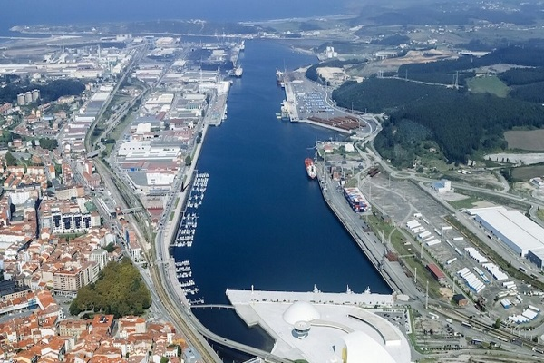 El Puerto de Avilés avanza en la adecuación del muelle Raíces