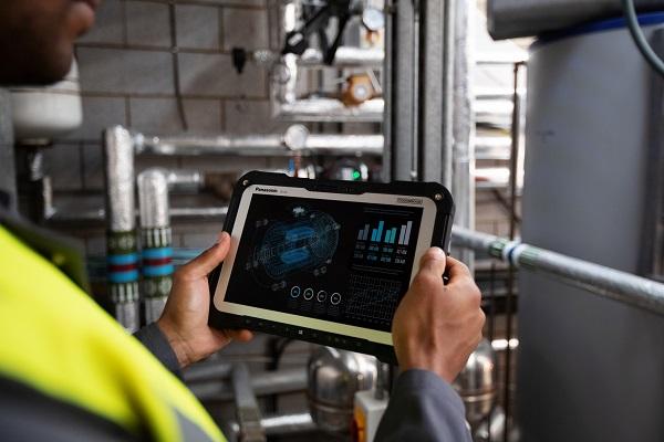 Panasonic lanza nueva tableta para trabajadores móviles