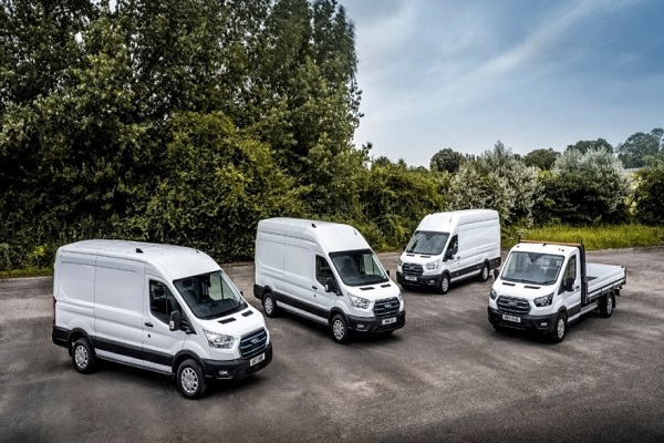 La furgoneta Ford E-Transit empieza a circular por las carreteras europeas
