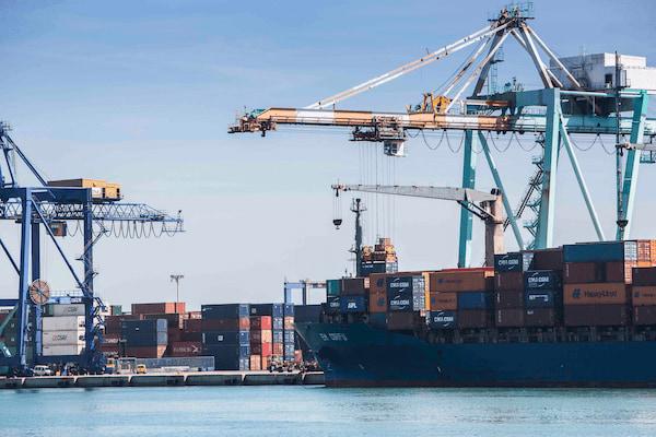 Valenciaport gestiona el 40% de las importaciones y exportaciones españolas
