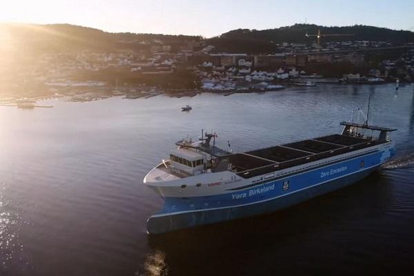 Yara Birkeland buque de carga eléctrico autónomo