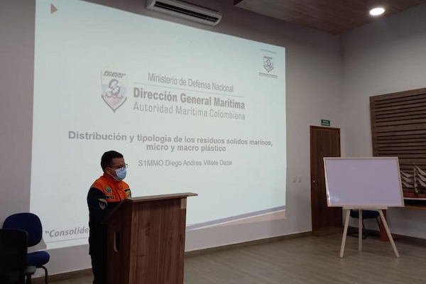 Dirección General Marítima promueve la protección y conservación del medio marino en Tumaco a través de un taller de sensibilización