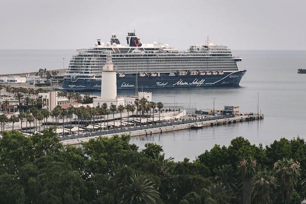 El Puerto de Málaga recibirá 17 escalas de buques de cruceros en septiembre