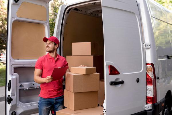 El sector logístico impulsa la creación de empleo, según Infojobs