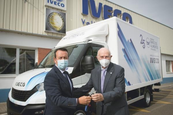 Iveco España dona un vehículo ligero Daily al Banco de Alimentos de Valladolid
