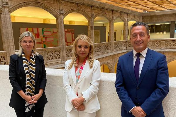 Mar Casas, presidenta de Transleyca, ganadora de los Premios Mujer Empresaria CaixaBank 2021 en Castilla y León