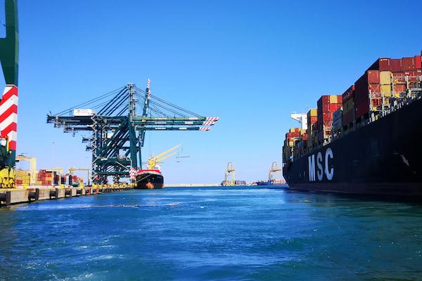 """""""Un món a bon port"""" una exposición para visibilizar el compromiso de la comunidad portuaria con los 17 Objetivos de Desarrollo Sostenible"""