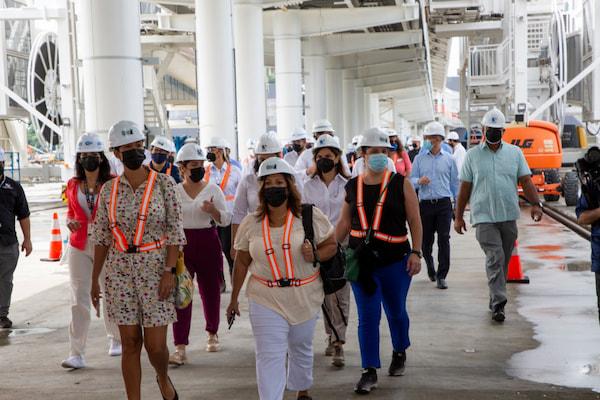 Asociación de cruceros de Florida y el Caribe recorren terminal de cruceros de Panamá