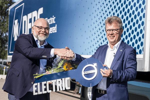 DFDS encarga 100 camiones eléctricos a Volvo Trucks