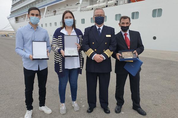 El Puerto de València recibe por primera vez al crucero Viking Venus