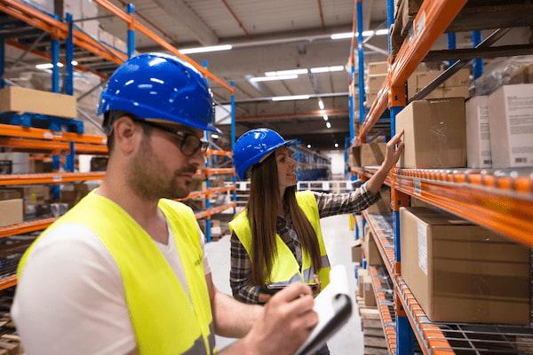 Eurocen ofrece empleo de personal de almacén para la campaña de Navidad