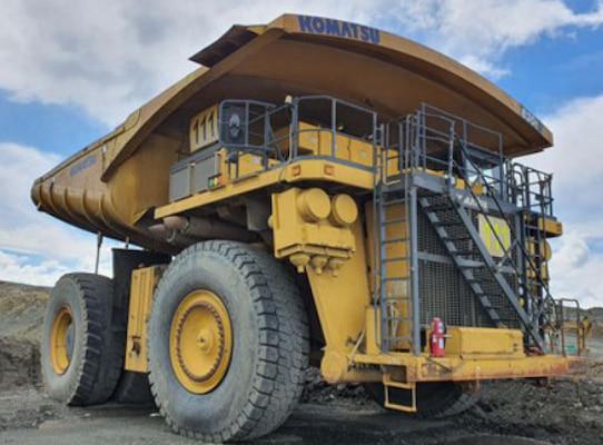 Ian Taylor agencia nueva carga de camiones mineros de alto tonelaje en Chile