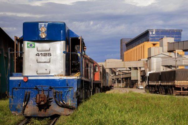 puertos de parana ferrocarril